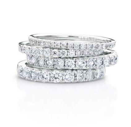 แหวนเพชรรอบ