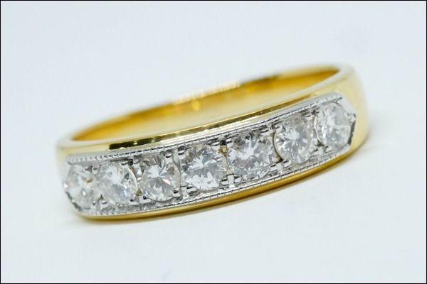 แหวนเพชรเรียงแถว