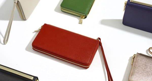 การเลือกสีกระเป๋าสตางค์