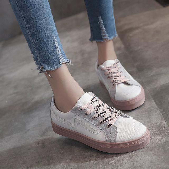 รองเท้าผ้าใบ ผู้หญิง